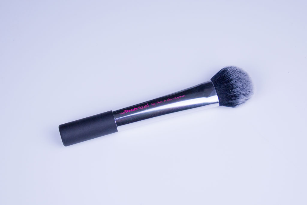 Real Techniques Cheek Brush